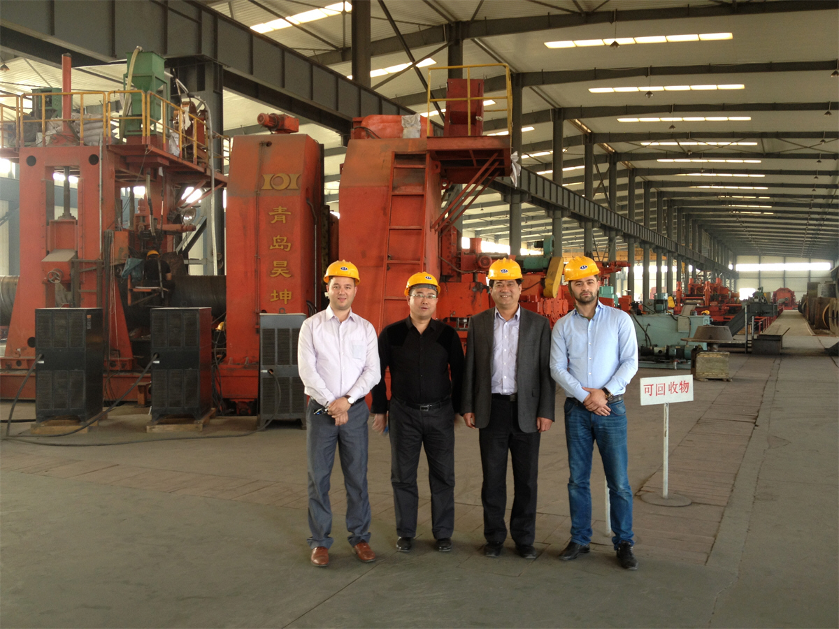 Albania clients working with engineers in landee stee pipe factory